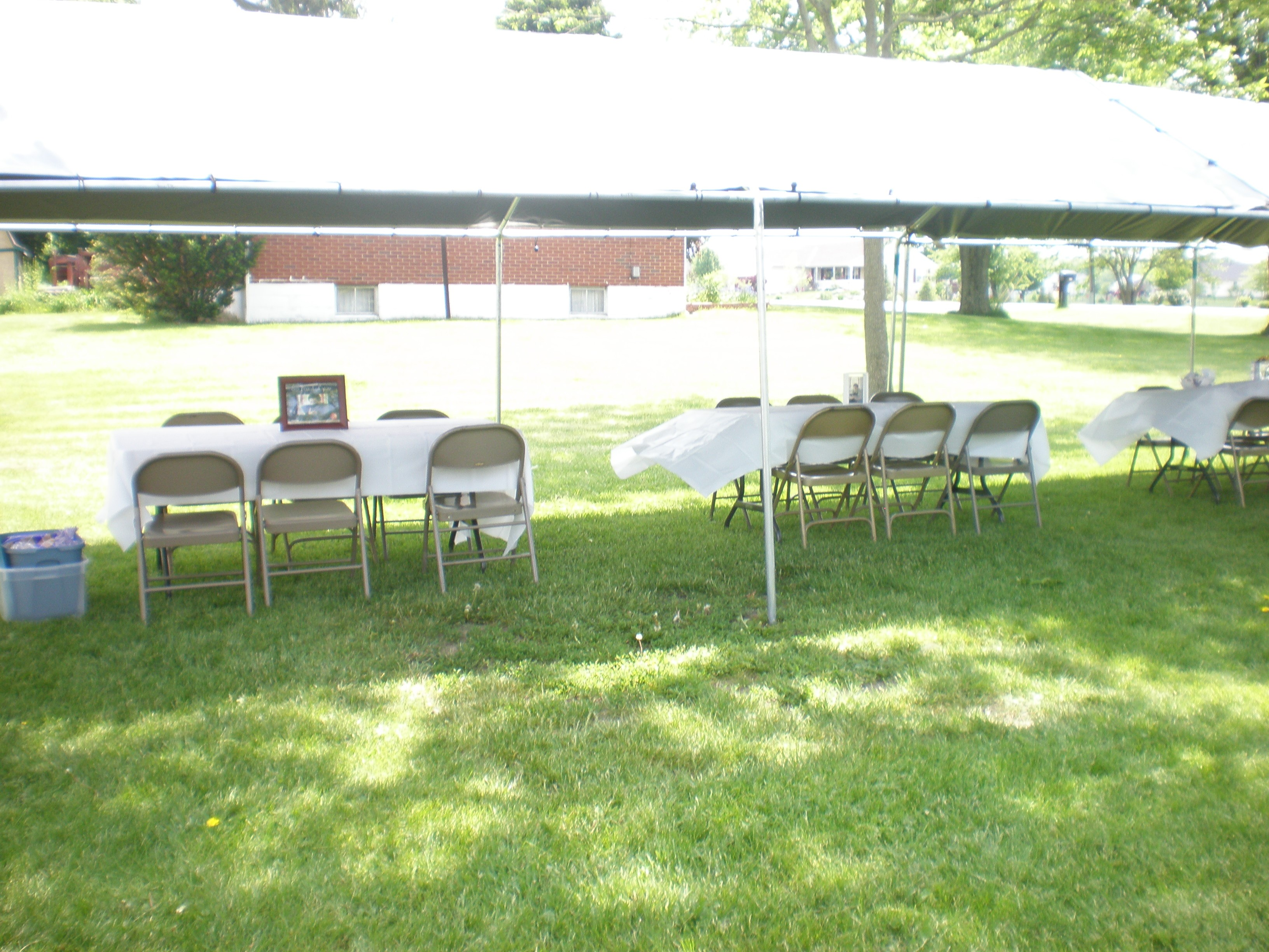 100 backyard graduation party ideas how to throw a great